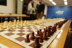 U Gundulićevoj odigrana šahovska simultanka s međunarodnim majstorom Zdenkom Jušićem